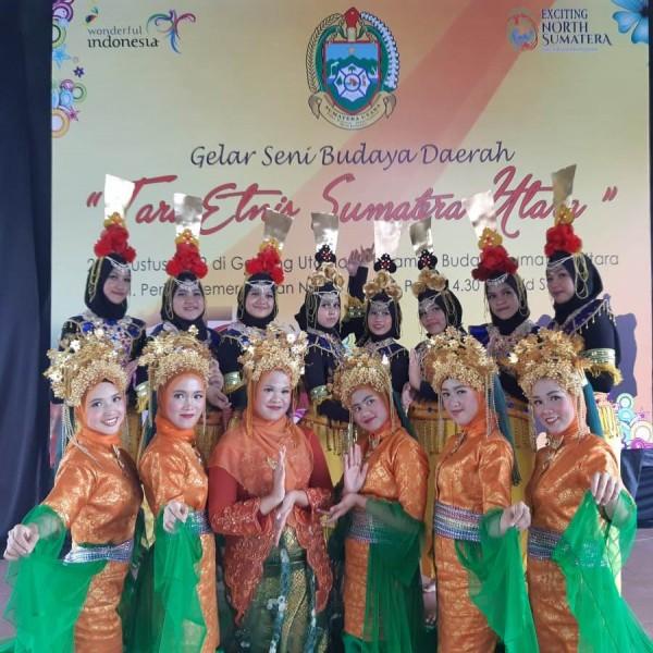 Tim Tari SMA Namira Tampil di Taman Budaya