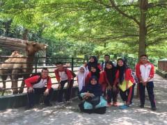 Siswa SMA Study Tour ke Siantar Zoo