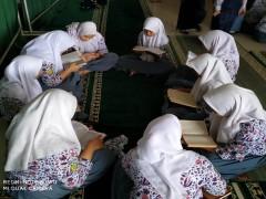 Mengisi Ramadhan dengan Tadarus al-Qur'an